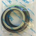 Bucket cyl seal kit ZX135US-3